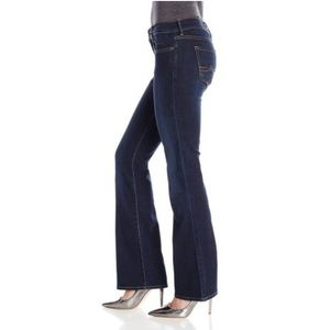 Lucky Brand Sweet & Low Jeans 2/26